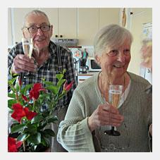 Göhte och Ulla Lann som själva byggde sitt radhus och har bott här sedan 1962!