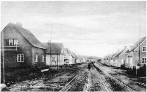 Enskedebanan med vändslinga Åkervägen–Brunnsvägen–De Gamlas väg, foto från mitten 1920-talet. Märk kaféet till höger.