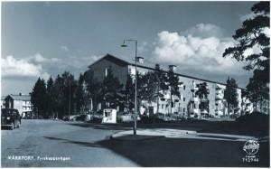 in till vänster finns huset som syns på föregående bild. Här vid Santa Fe, låg en glace-kiosk på 1950-talet.